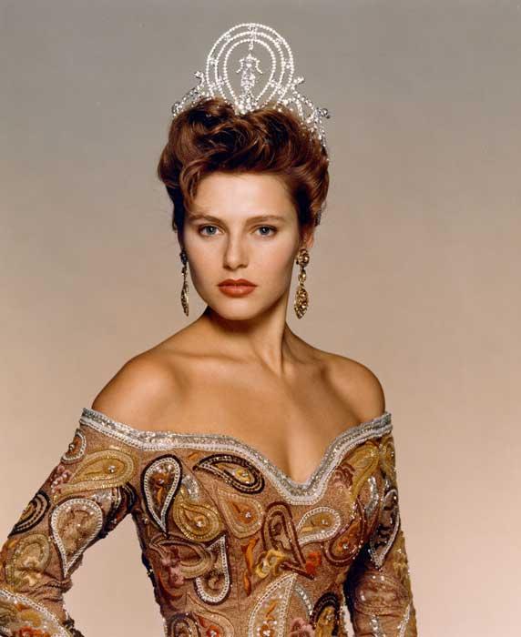 Pemenang Miss Universe Dari Waktu Ke Waktu - Mona Grudt - 1990