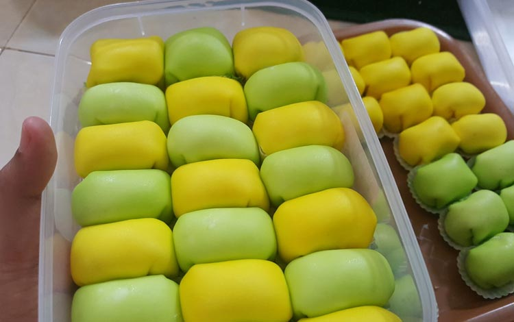 Makanan dan Minuman Khas Medan - Pancake Durian