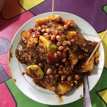 Makanan dan Minuman Khas Medan - Rujak Kolam