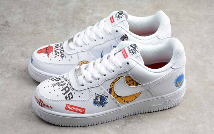 Sneakers Merek Supreme Yang Bagus - The Supreme x NBA X Nike Air Force 1 Mid
