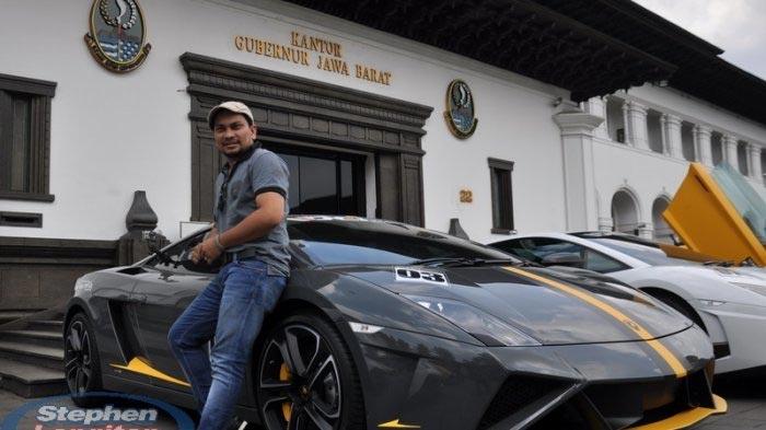 Deretan Artis Indonesia Yang Memiliki Mobil Mewah - Tompi