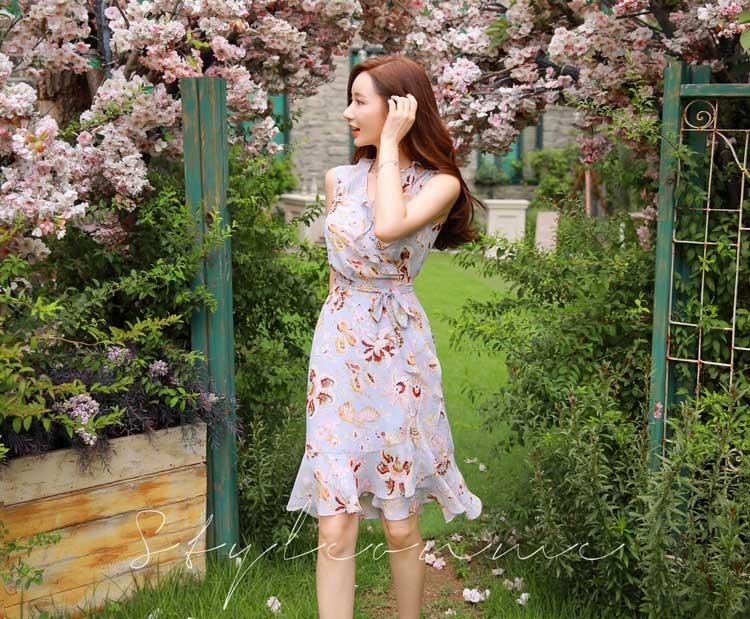 Trend Fashion Korea Yang Akan Booming Di Tahun 2019 - Flower Dress