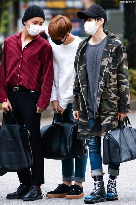 Trend Fashion Korea Yang Akan Booming Di Tahun 2019 - Handheld Bags