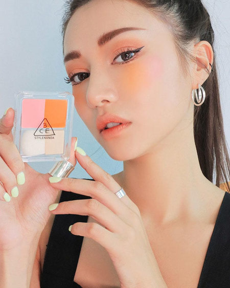 Trend Make Up Korea Di Tahun 2019 - Watercolor Blush