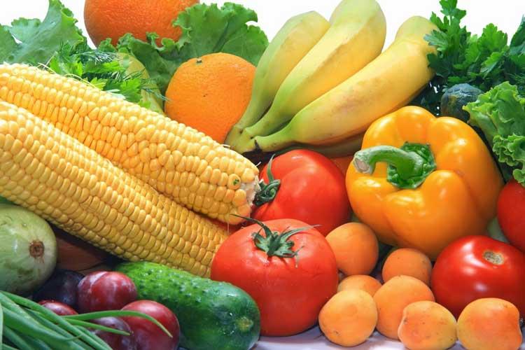 Cara Alami yang Ampuh Untuk Mengobati Panas Dalam Makan sayuran dan buah