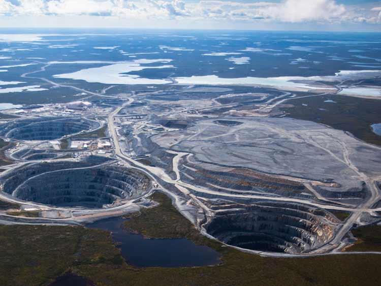 Negara Penghasil Emas dan Permata Terbesar di Dunia Kanada