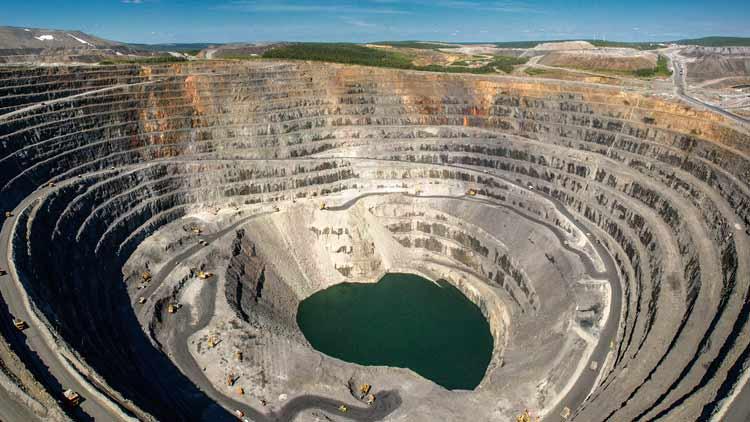 Negara Penghasil Emas dan Permata Terbesar di Dunia Rusia