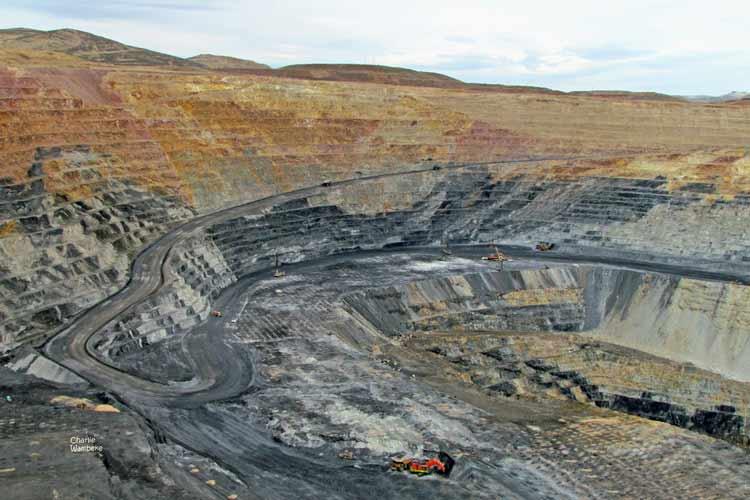 Negara Penghasil Emas dan Permata Terbesar di Dunia Amerika Serikat