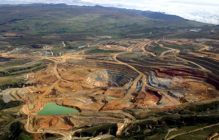 Negara Penghasil Emas dan Permata Terbesar di Dunia Peru