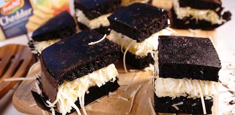 Berbagai Makanan Yang Berwarna Hitam - Martabak hitam
