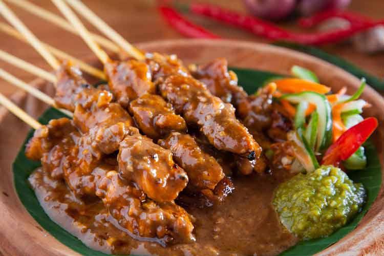 Daftar Masakan Indonesia yang Terkenal di Mancanegara sate