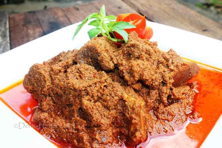 Daftar Masakan Indonesia yang Terkenal di Mancanegara Rendang