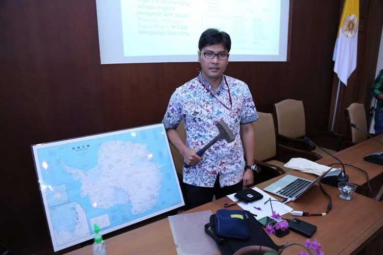 Daftar Orang Indonesia yang Paling Pertama - Nugroho Imam Setiawan (Orang Indonesia pertama yang menjadi peneliti di Antartika)