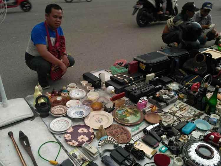 Pasar Barang Antik di Indonesia - Pajak Ular, Medan