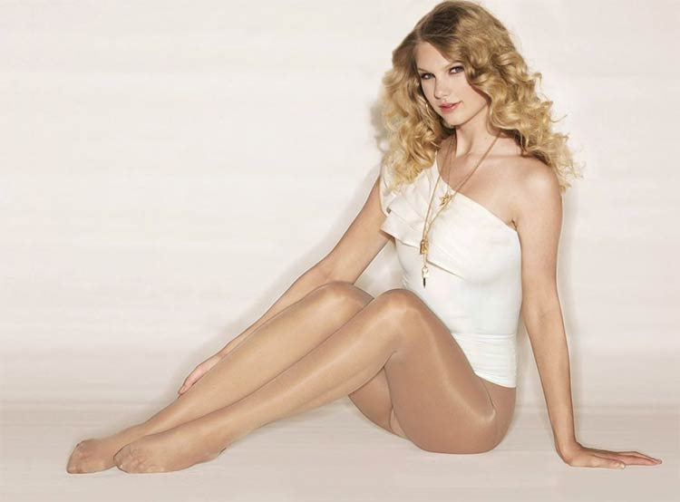 Penyanyi barat cantik dan seksi - Taylor Swift