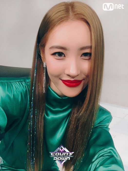 Gaya Rambut Idol Kpop Wanita Yang Trend - Hair tinsel
