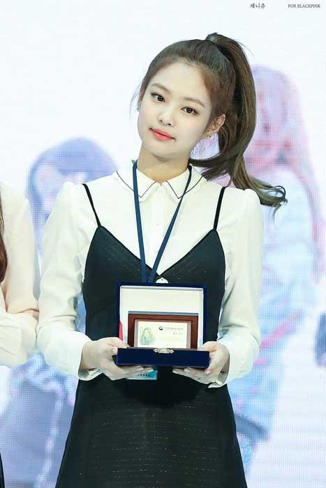 Gaya Rambut Idol Kpop Wanita Yang Trend - High Ponytail