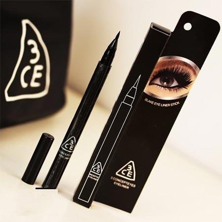 Perlengkapan make up Korea yang bagus - Eyeliner