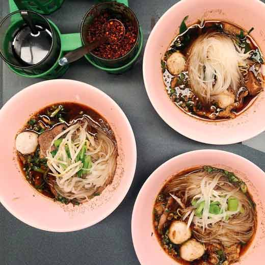 Kuliner khas Thailand - Guay Teow Rhua