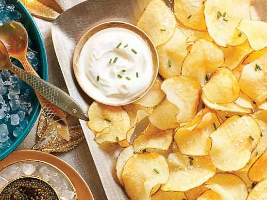 Jenis Makanan Yang Bisa Memicu Kanker Pada Wanita - Keripik kentang