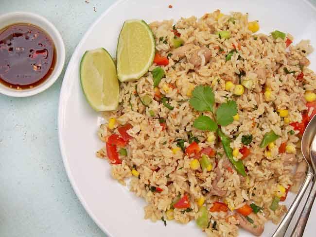 Kuliner khas Thailand - Khao Pad Poo (Fried Rice)