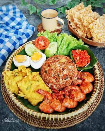 Makanan Dan Minuman Khas Bandung - Nasi Tutug Oncom