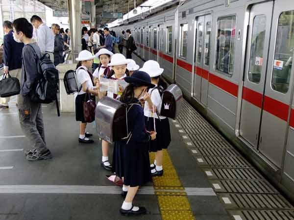 Berbagai Budaya Positif Jepang Yang Patut Dicontoh Dan Ditiru - Mandiri dari kecil