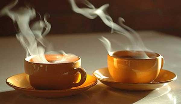 Jenis Makanan Yang Bisa Memicu Kanker Pada Wanita - Minuman panas