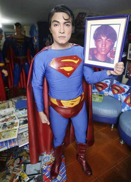 Kelakuan Para Fans - Operasi Plastik Demi Sang Idola