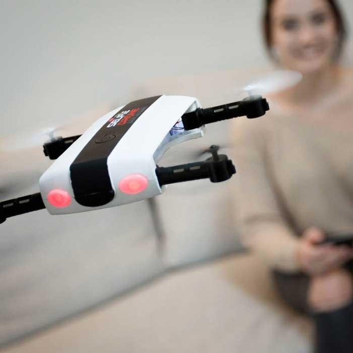 Tips Memilih Kado Yang Tepat Untuk Ultah Pacar Wanita - Selfie Drone