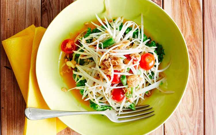 Makan Khas Thailand Yang Enak Dan Cocok Untuk Lidah Orang Indonesia - Som Tum