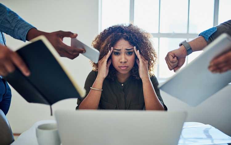 Kebiasaan Yang Bisa Memperparah Jerawat - Stress