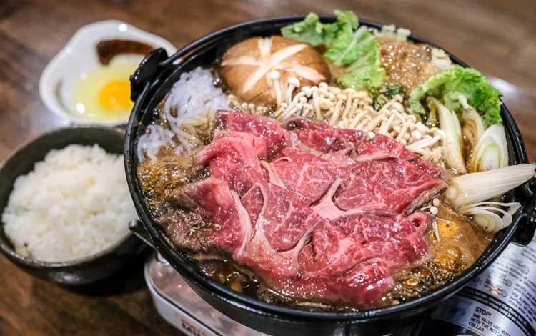 Makanan Jepang Yang Populer Di Indonesia - Sukiyaki