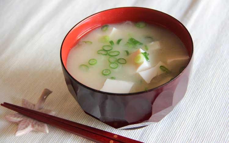 Makanan Jepang Yang Populer Di Indonesia - Sup Miso