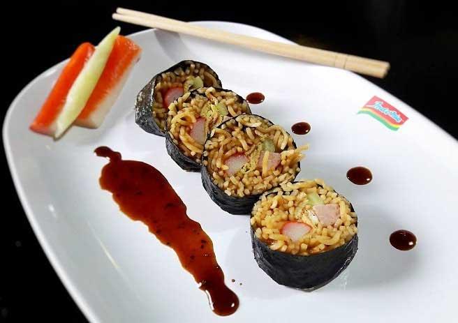 Aneka Kreasi Indomie Yang Enak Dan Unik - Sushi Indomie