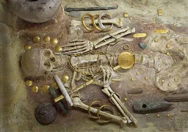 Penemuan Harta Karun Terbesar Sepanjang Masa - Harta Karun Varna, di Bulgaria