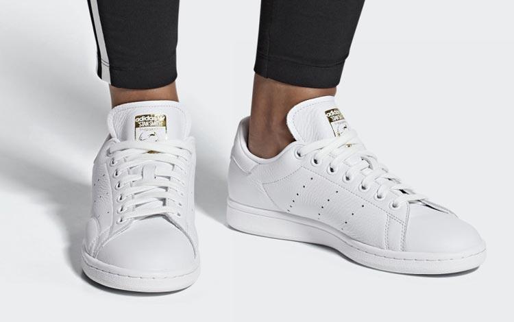 Merk Sneakers Wanita Yang Bagus - Adidas