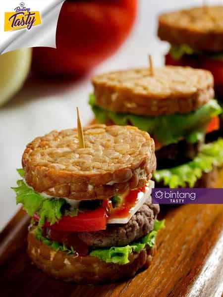 Makanan Enak Ini Terbuat Dari Tempe - Burger Tempe