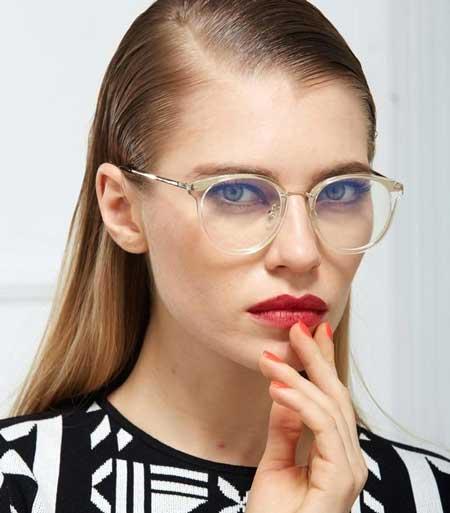 Model Kacamata Yang Lagi Trend Saat Ini - model kacamata Transparan
