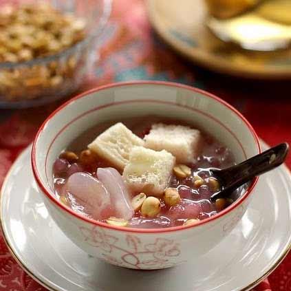 Berbagai Minuman Tradisional Indonesia Yang Enak Dan Menyehatkan - Sekoteng