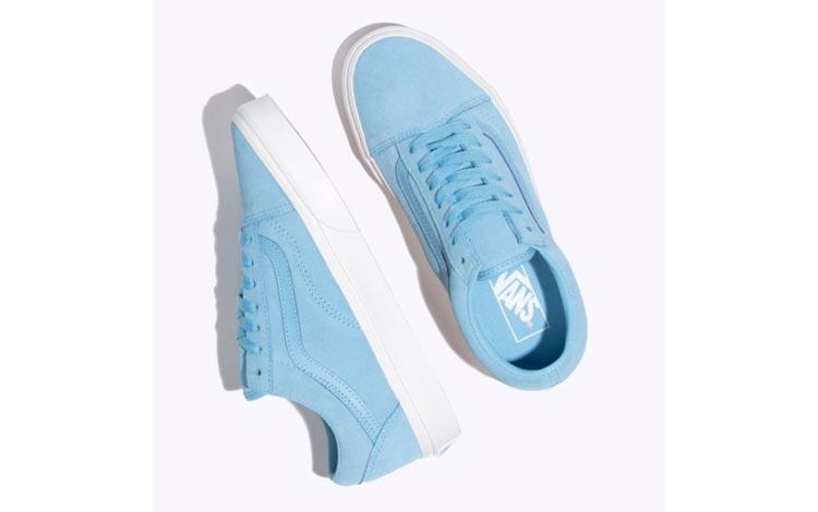 Merk Sneakers Wanita Yang Bagus - Vans