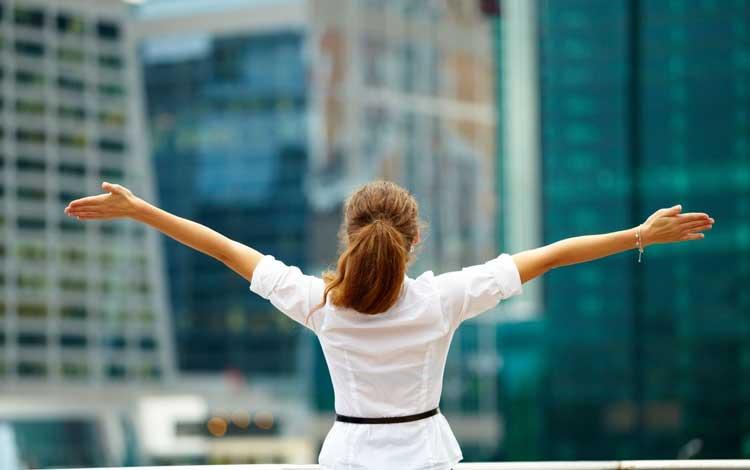 Kenapa Wanita Lebih Di Untungkan Daripada Pria - Wanita Tidak Suka Mengambil Resiko Besar Di Hidupnya