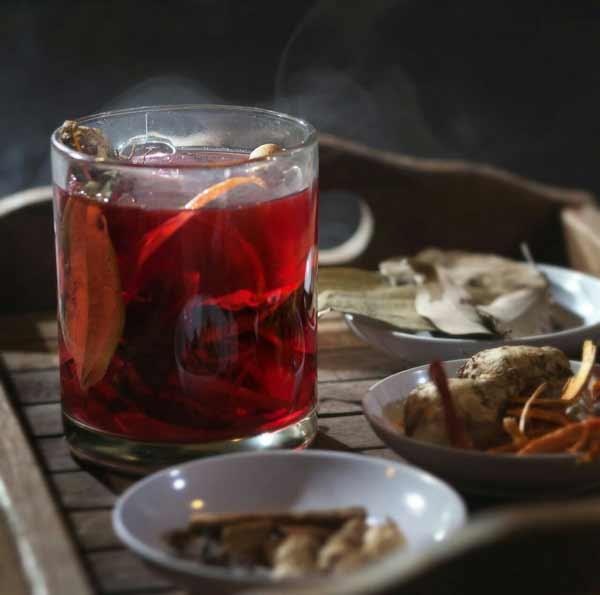 Berbagai Minuman Tradisional Indonesia Yang Enak Dan Menyehatkan - Wedang Uwuh