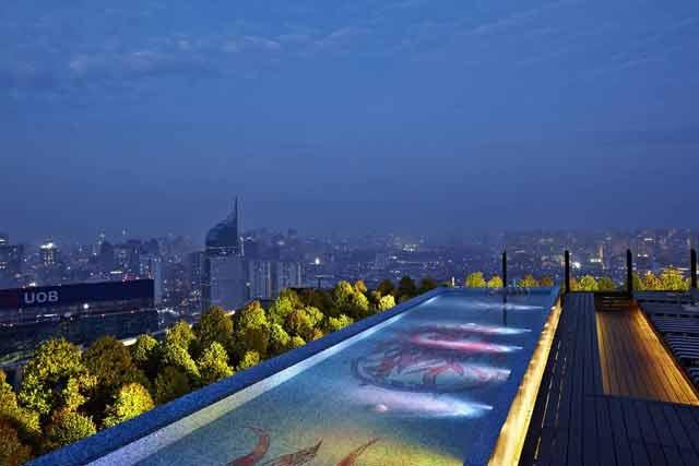 Tempat makan romantis di Jakarta - SKYE Bar & Restaurant