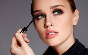 Tips makeup smokey eyes untuk pemula