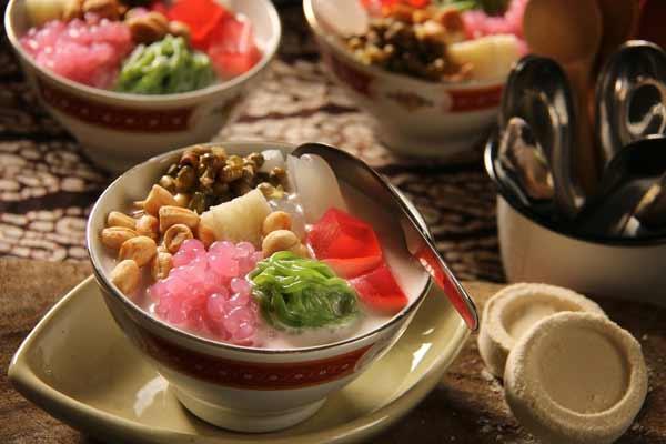 Berbagai Minuman Tradisional Indonesia Yang Enak Dan Menyehatkan - Wedang Angsle