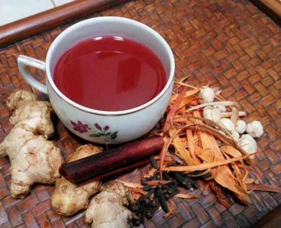 Berbagai Minuman Tradisional Indonesia Yang Enak Dan Menyehatkan - Wedang Secang