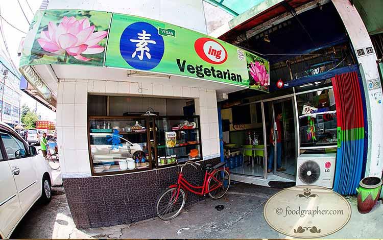 Restoran Dengan Menu Sehat Di Surabaya - Bakwan Ing Vegetarian