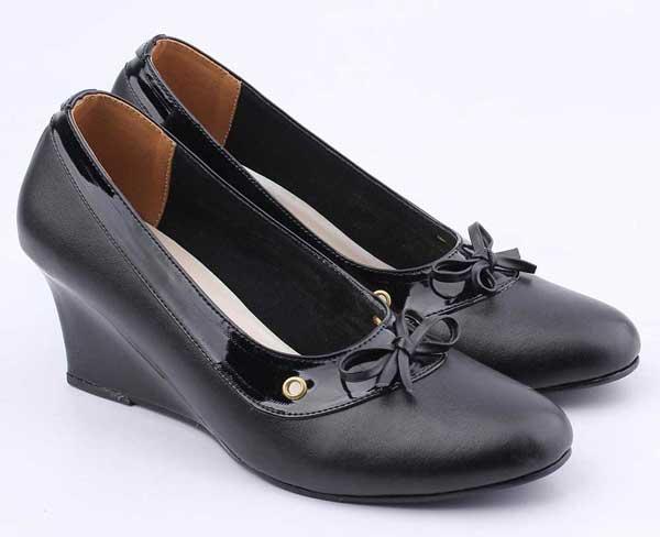 Merk Sepatu Kerja Wanita Yang Bagus Dengan Harga Terjangkau - Catenzo