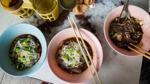 Deretan Makanan Thailand Yang Enak Dan Lezat - Guay Teow Rhua